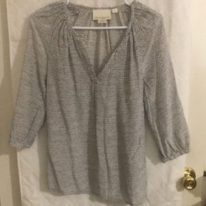 Like New! 100% silk blouse Size S